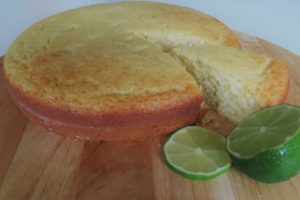 Verfrissende limoncellocake met geitenyoghurt