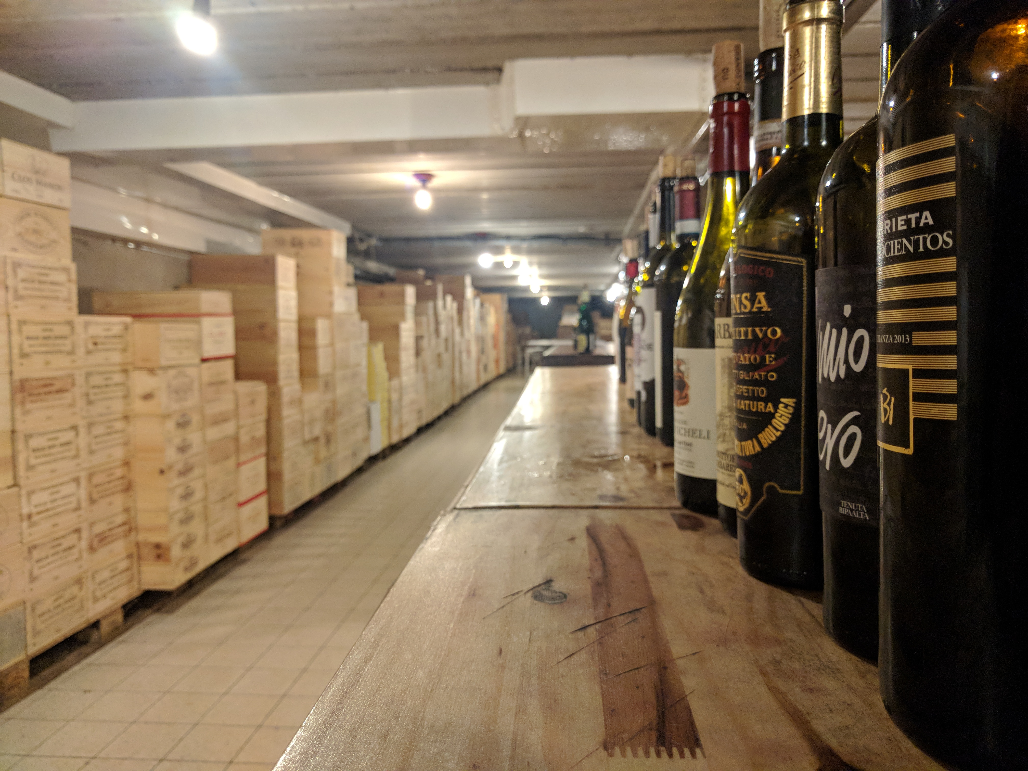 Wijn bij geitenkaas